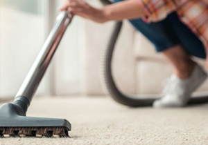 WHAT FACTORS TO LOOK FOR WHEN HIRING A COMMERCIAL CLEANING COMPANY?